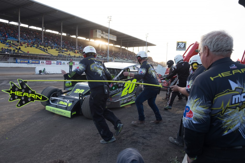 Dirt Modified racing Brett Hearn - Apex Automotive Magazine