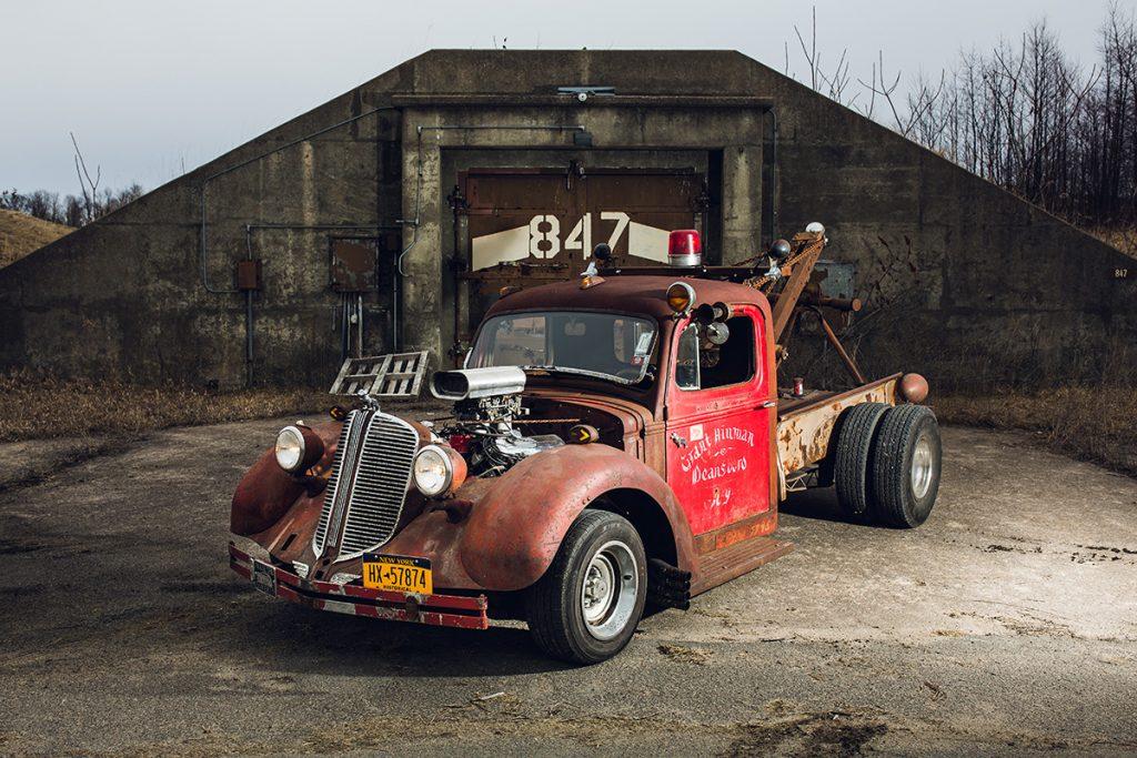 '40 Mack Wrecker