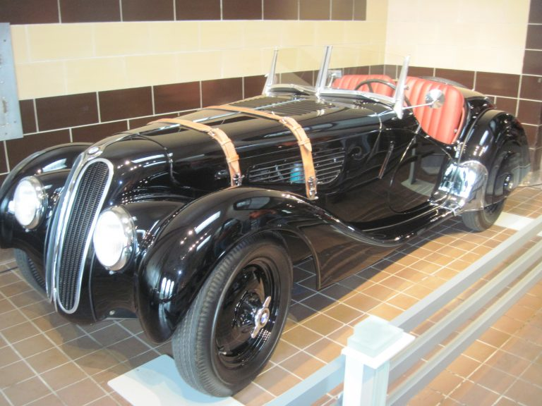 1938 BMW 328 Roadster (1)